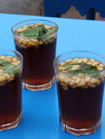 Thé tunisien à la menthe
