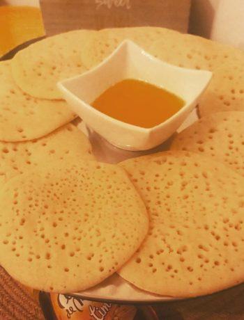 Baghrir ou Ghrayef Tunisienne au miel